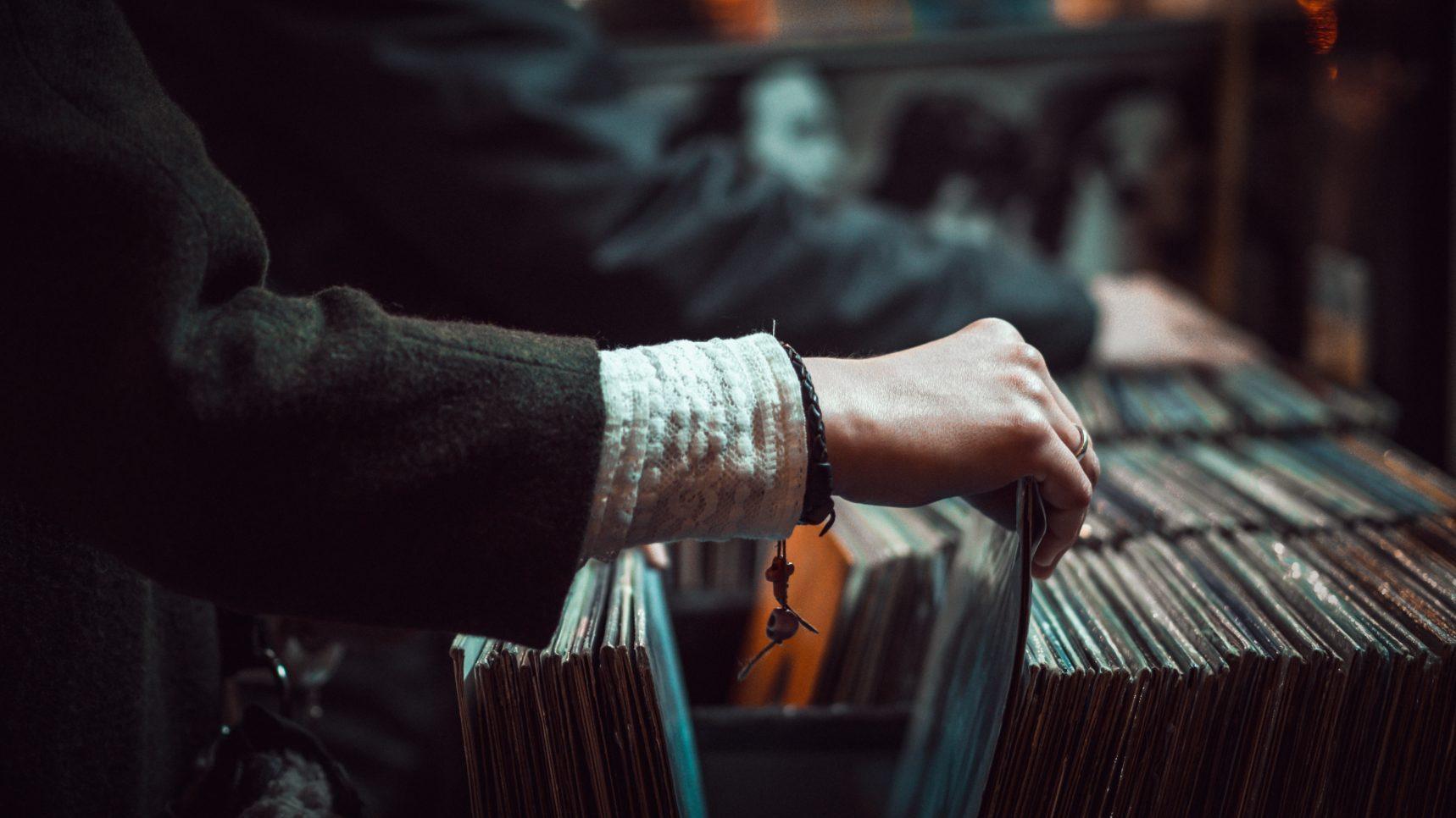 【邦楽】必聴!夏におすすめのHIPHOP界隈の音楽たち