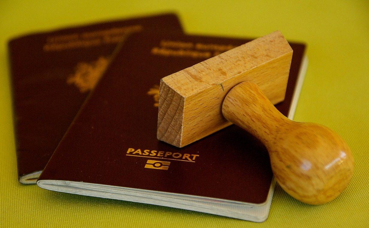 家族で海外旅行!子どものパスポートはどう準備する?